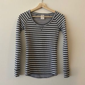 PGD scoop neck fitted striped top